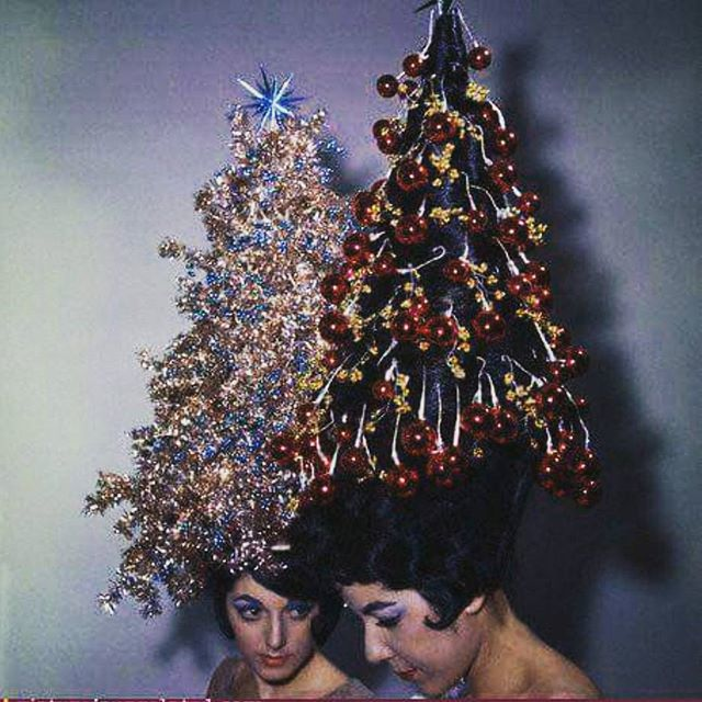 Don't Have Christmas Tree? Here are Christmas Inspired Hairstyles.