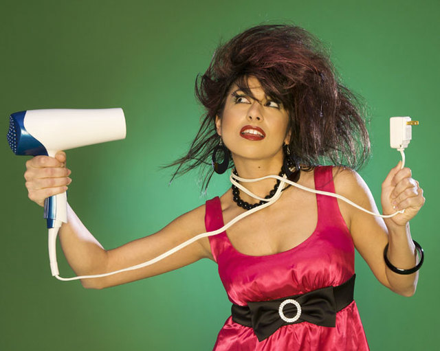 Stop to using a blow dryer!!! To keep your healthy hair!!!