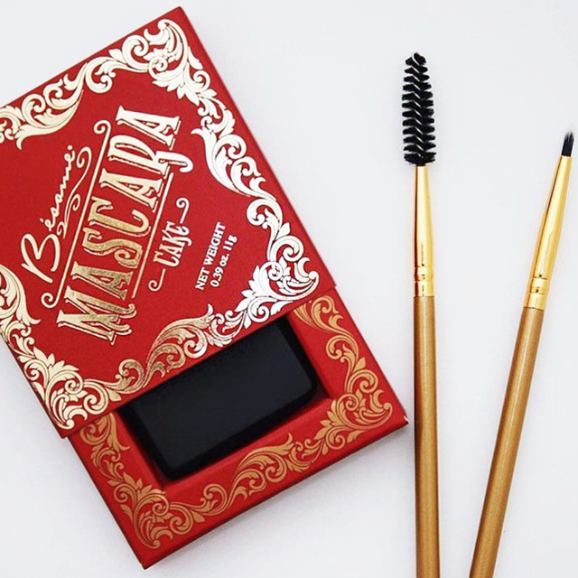 Besame Cosmetics Cake Mascara Is Like Nothing You've Ever Seen | Glamour (4948)