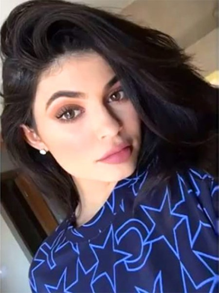 ♡6 Surprisingly Kylie Jenner's Makeup Tricks♡