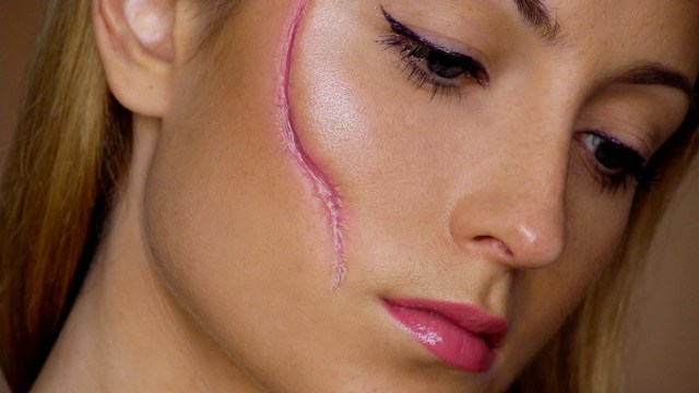 Halloween : 6 Easy Way To Create a Scar