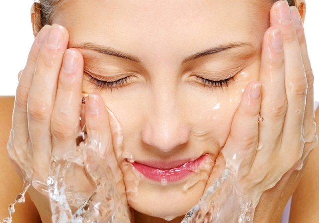 Wash Face with Water Only: 4 Essential Steps You Must Know - EnkiVillage (6789)
