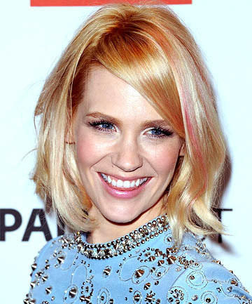January Jones' Subtle Rose Gold Highlight, 19 Rose Gold Hair Color Looks That Absolutely SLAY - (Page 12) (7911)
