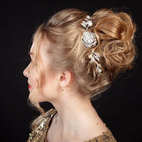 40 Sparkly Christmas and New Year Eve Hairstyles (9108)