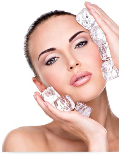 Best Beauty Benefits Of Using Ice Cubes On Your Face