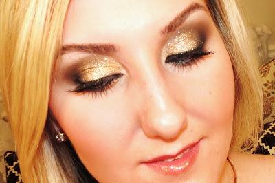 TiffanyD: Glamorous Glitter Makeup Tutorial (12779)