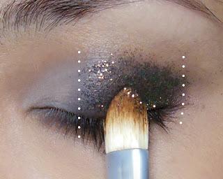Subtle, Glitzy New Year Glitter Eye! – Here's a... (12795)