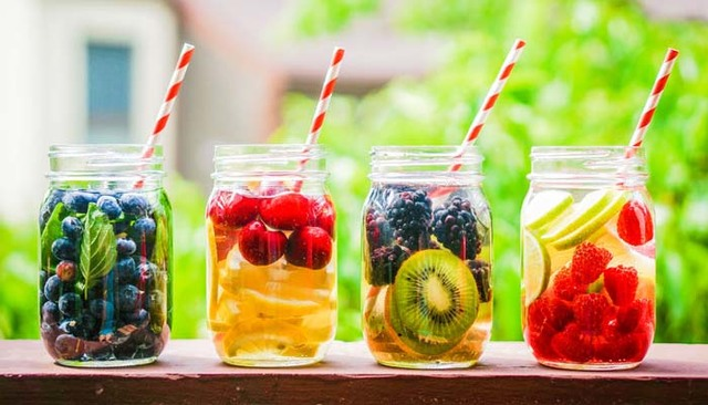 What fruits should you select to make Detox Water for weight loss?
