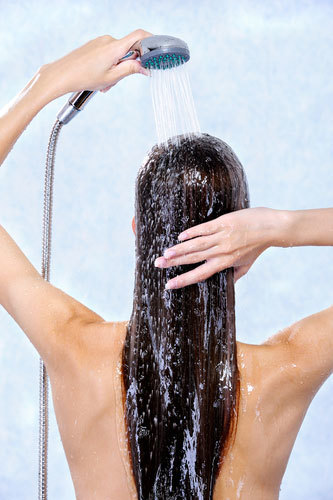 12 Bathing Tips To Keep In Mind. Check If You're Doing It Right! (15640)