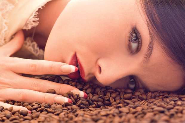 For business women!! Surprising beauty benefits coffee grounds