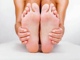 Are you troubled with cracked heels? Here are amazing home remedies for cracked heels