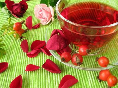 Why Is Rosehip Oil So Effective For Our Skin?