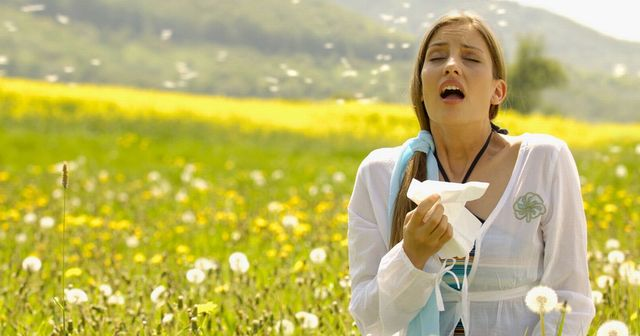 Let's fight against hay fever!! Here is a natural way to relieve your allergies