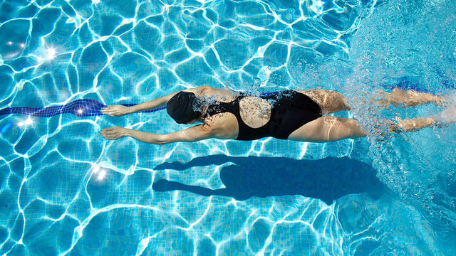 Swimming is good for anyone who wants to lose weight